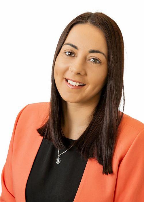 Nicole Wakefield